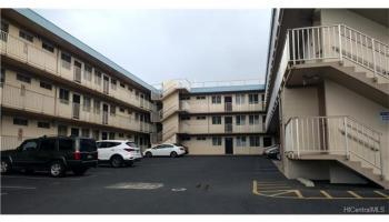 KAPALAMA GARDENS condo # B313, Honolulu, Hawaii - photo 1 of 15