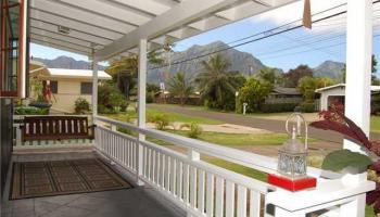 1337  Ulupii St Pohakupu, Kailua home - photo 2 of 10