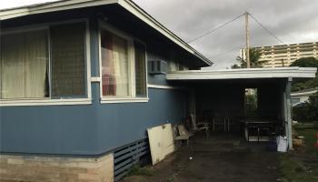 1361  Kamehameha Iv Rd Kalihi-lower,  home - photo 1 of 3
