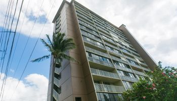 Victoria Towers condo # 404, Honolulu, Hawaii - photo 1 of 25