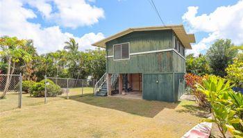 1422 Mokolea Drive Kailua - Multi-family - photo 1 of 24