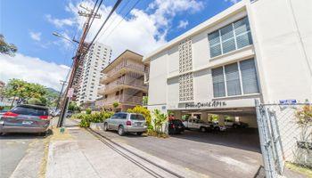 Prince David Apts condo # 306, Honolulu, Hawaii - photo 1 of 10