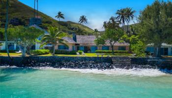 12  Kailua Road Beachside,  home - photo 0 of 17
