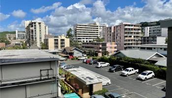 Punahou Gardens Apts condo # A407, Honolulu, Hawaii - photo 1 of 11