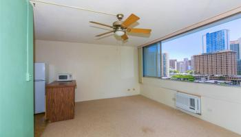Kapiolani Terrace condo #1005, Honolulu, Hawaii - photo 2 of 11
