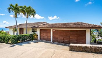 1819  10th Ave Palolo,  home - photo 1 of 23