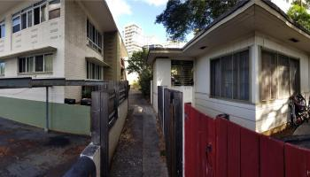 1576 Pensacola Street Honolulu - Multi-family - photo 1 of 20