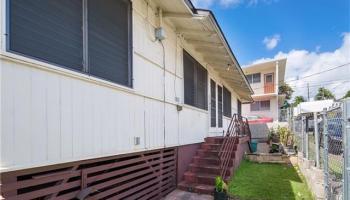 1612  Aupuni St Kamehameha Heights, Honolulu home - photo 1 of 14