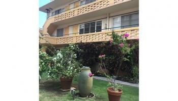 Marina Gardens condo # 202, Honolulu, Hawaii - photo 2 of 8