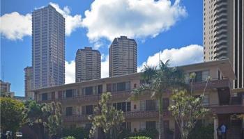 Marina Gardens condo # 204, Honolulu, Hawaii - photo 2 of 17