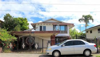 1833  Akina Street ,  home - photo 1 of 7