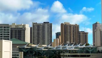 Holiday Manor condo # 714, Honolulu, Hawaii - photo 1 of 19