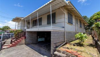 1658  Lima Street Kalihi-lower, Honolulu home - photo 3 of 25