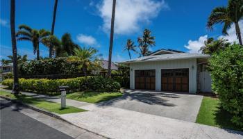 169  Kailuana Loop Beachside, Kailua home - photo 2 of 25