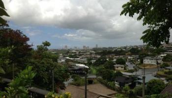 1716  Ala Amoamo St Moanalua Gardens, Honolulu home - photo 1 of 15