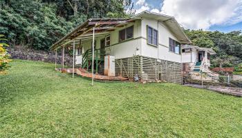 1562  Ala Aoloa Loop Moanalua Valley,  home - photo 1 of 25