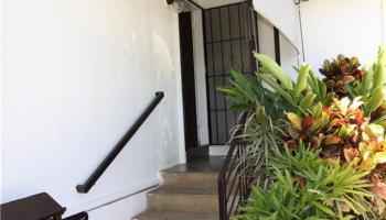 1822  Beckley St Kalihi-lower, Honolulu home - photo 2 of 20