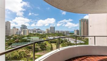 Canterbury Pl condo # 17D, Honolulu, Hawaii - photo 1 of 22
