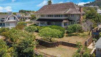 1915  Vancouver Drive Manoa-lower, Honolulu home - photo 3 of 25