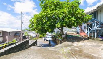 2017  Iholena Street Alewa Heights, Honolulu home - photo 2 of 17