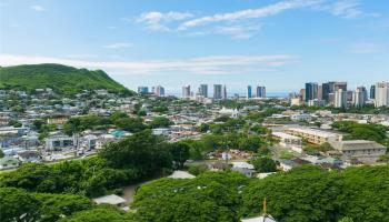 Nuuanu Parkside condo # 1602, Honolulu, Hawaii - photo 1 of 25