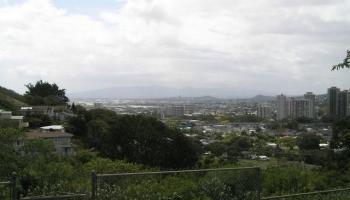 2071 Kalili Pl Honolulu - Rental - photo 2 of 23