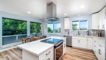 2119  Hillcrest Street Kamehameha Heights, Honolulu home - photo 2 of 25