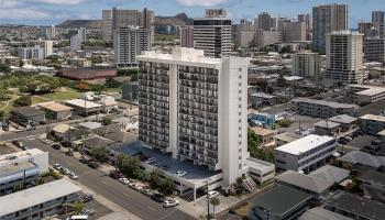 McCully Villa condo # 305, Honolulu, Hawaii - photo 1 of 12