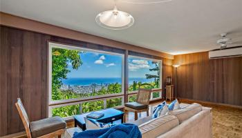 215  Forest Ridge Way Tantalus, Honolulu home - photo 2 of 22