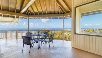 2155  Ahaku Place Waialae Nui Rdge, Diamond Head home - photo 2 of 25