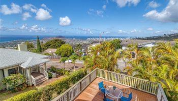 2155  Ahaku Place Waialae Nui Rdge, Diamond Head home - photo 4 of 25