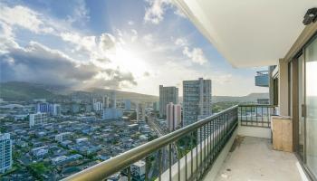 Marco Polo Apts condo # 2701, Honolulu, Hawaii - photo 4 of 25