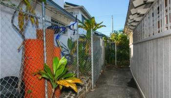 2341  Bingham St Moiliili, Honolulu home - photo 11 of 22