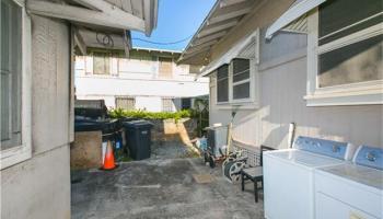 2341  Bingham St Moiliili, Honolulu home - photo 13 of 22