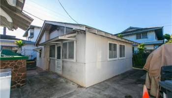 2341  Bingham St Moiliili, Honolulu home - photo 14 of 22
