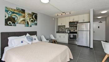 Fairway Villa condo # 1116, Honolulu, Hawaii - photo 1 of 25