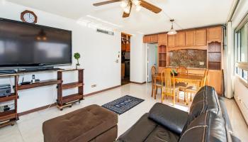 Fairway Manor condo # 803, Honolulu, Hawaii - photo 2 of 22