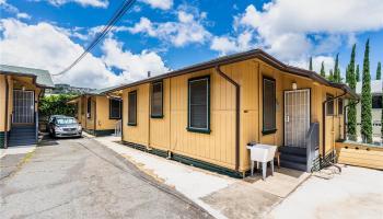2816 Waialae Ave Honolulu - Multi-family - photo 2 of 21