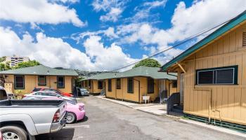 2816 Waialae Ave Honolulu - Multi-family - photo 4 of 21