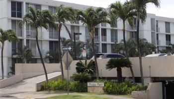 Varsity Villa condo # 413, Honolulu, Hawaii - photo 1 of 14