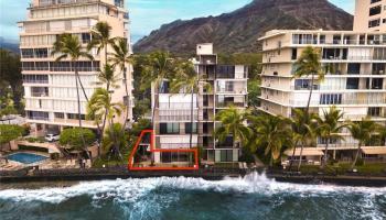 2987 Kalakaua condo # 104, Honolulu, Hawaii - photo 2 of 24
