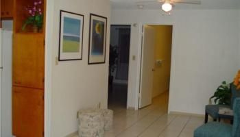 Hillside Villa condo # 305, Honolulu, Hawaii - photo 1 of 23