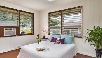 3158-A  East Manoa Rd Apt A Manoa Area, Honolulu home - photo 4 of 10