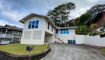 3246  Pinaoula Street Manoa-upper,  home - photo 1 of 24