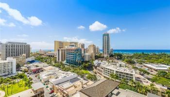 The Ritz-Carlton Residences condo # E1513 (Tower 1), Honolulu, Hawaii - photo 1 of 25