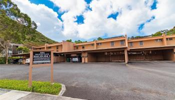 385 Haleloa Place townhouse # E, Honolulu, Hawaii - photo 1 of 24