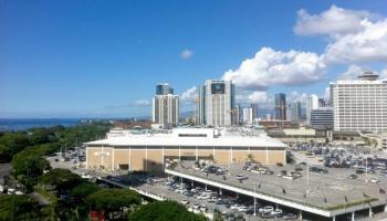 Sunset Towers condo #1405, Honolulu, Hawaii - photo 1 of 17