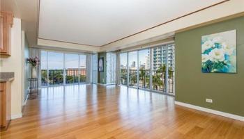 Sunset Towers condo #807, Honolulu, Hawaii - photo 3 of 25