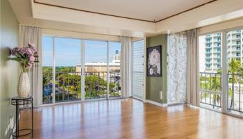 Sunset Towers condo #807, Honolulu, Hawaii - photo 4 of 25