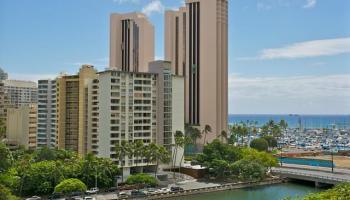 Atkinson Towers Inc condo # 1004, Honolulu, Hawaii - photo 2 of 25